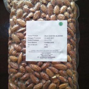 John Farmer - Roasted ( Milk Coated ) Kacang Almond Panggang Oven (1000 gr) 1